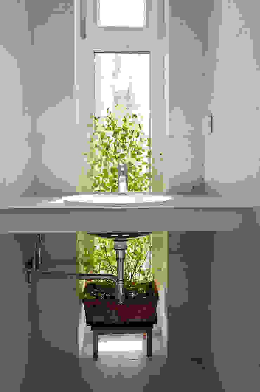 Marie-Theres Deutsch Architekten BDA BathroomSinks