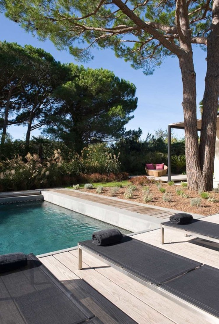 Modern Pool by Vincent Coste Architecte Modern