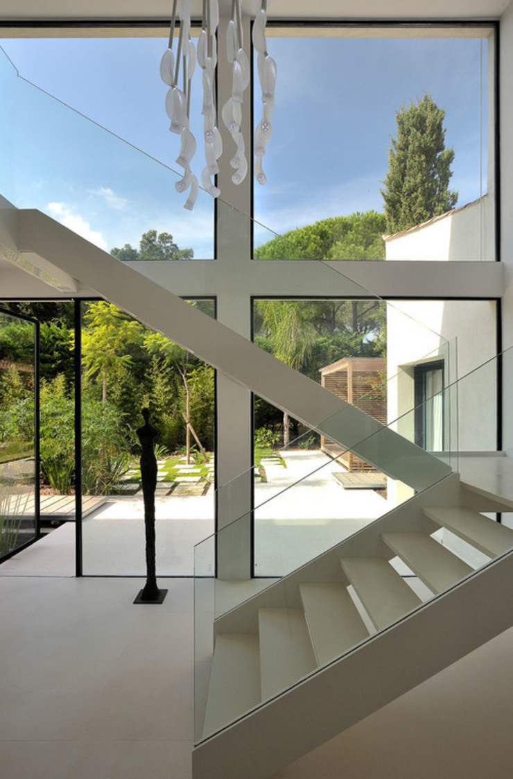 Modern Windows and Doors by Vincent Coste Architecte Modern