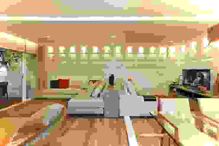 Cidade Jardim | Residenciais Salas de estar modernas por SESSO & DALANEZI Moderno