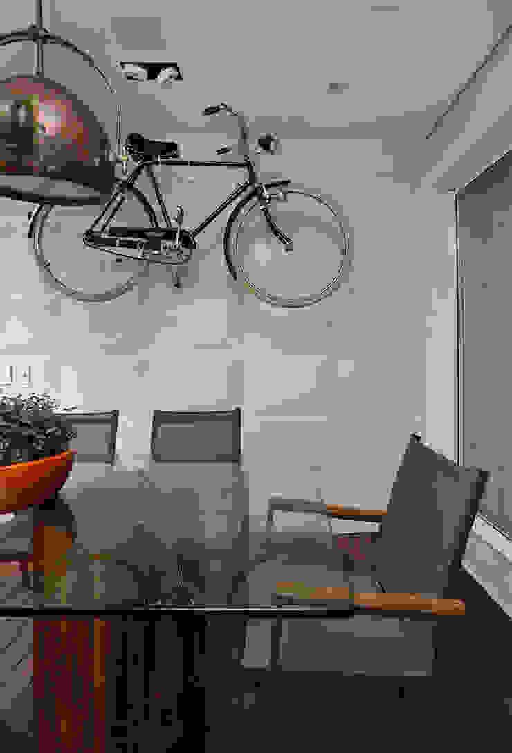 Cidade Jardim | Residenciais Varandas, alpendres e terraços modernos por SESSO & DALANEZI Moderno