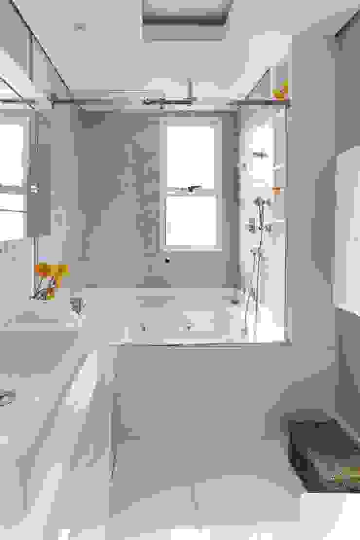 Cidade Jardim | Residenciais Banheiros modernos por SESSO & DALANEZI Moderno