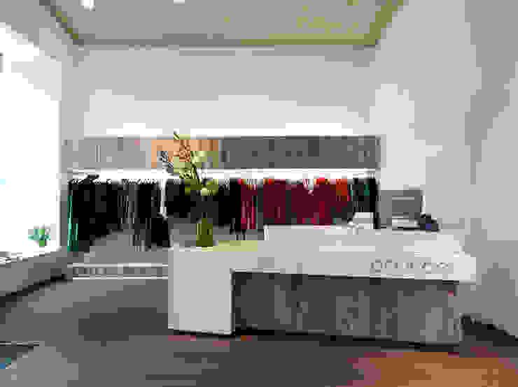 Locaux commerciaux & Magasin par Atelier Heiss Architekten