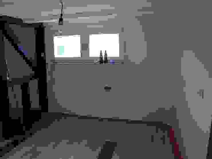 Essbereich vor dem Staging Raumpraesenz-Homestaging