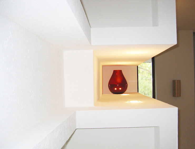 by Laura Marini Architetto Minimalist
