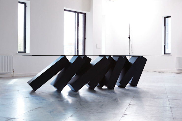 Megalith Table par Duffy London