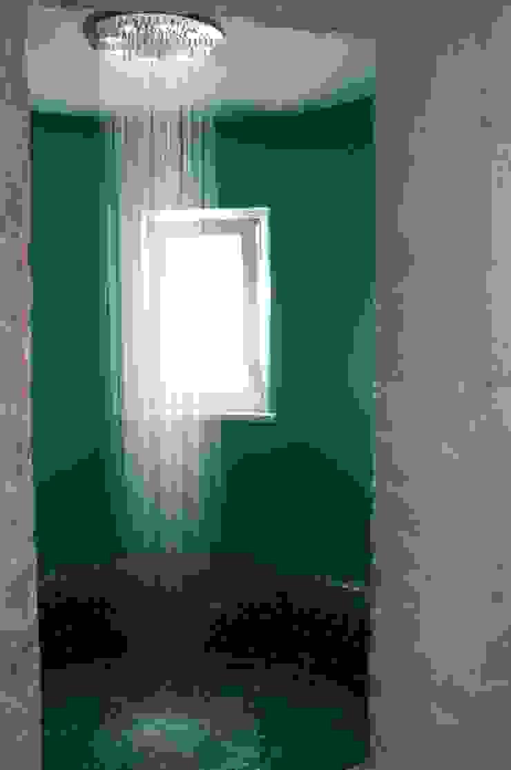 la torre con vasca/doccia Bagno in stile mediterraneo di m12 architettura design Mediterraneo