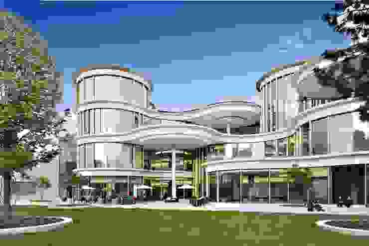 Modern shopping centres by Ortner & Ortner Baukunst Ziviltechnikergesellschaft mbH Modern