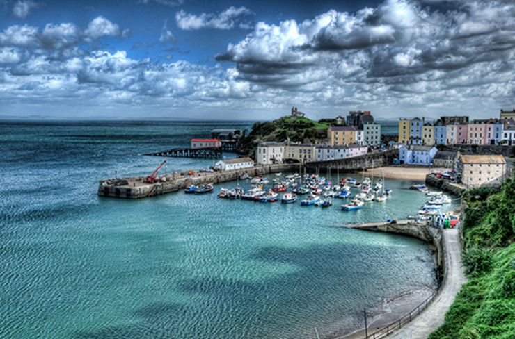 Tenby, Pembrokeshire: eclectic  by Steve Purnell, Eclectic