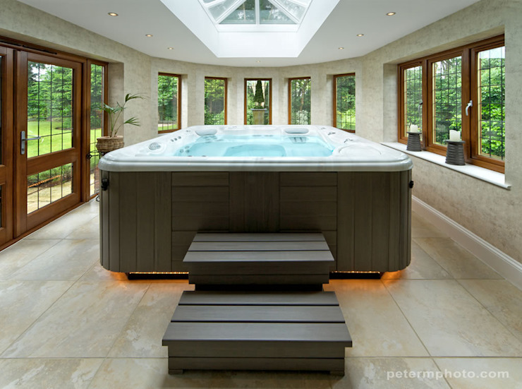 The Hot Tub of Your Dreams Decor Tiles & Floors Spa classique