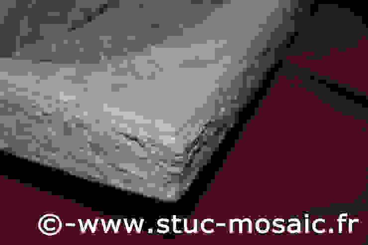 vasque en marbre avec mosaique sur-mesure par Stuc Mosaic Moderne