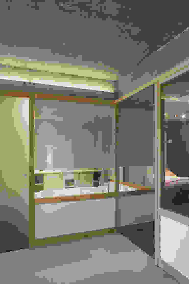 Loft LK, Paris Salle de bain rustique par Olivier Chabaud Archtct Rustique