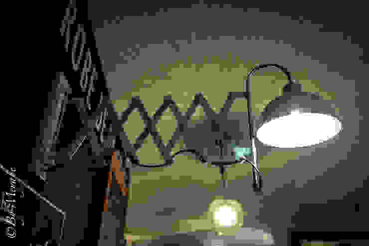 Lampe accordéon Gastronomie industrielle par Sandra Dages Industriel