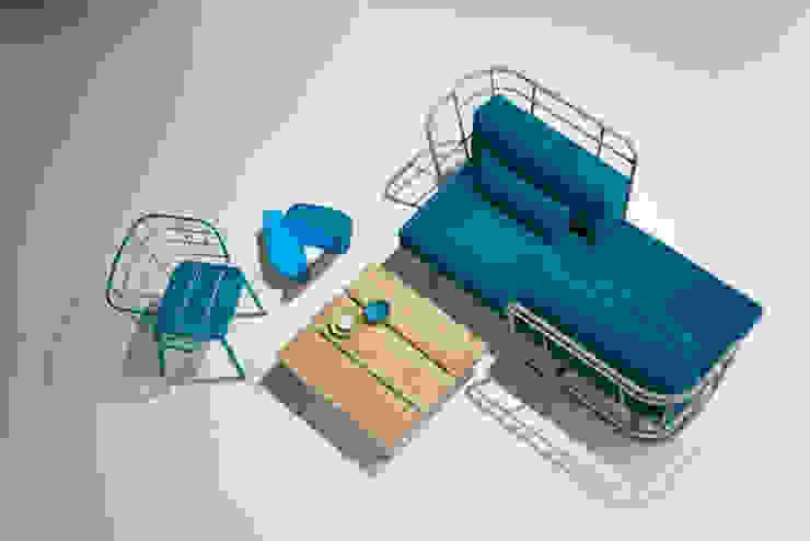 divano da esterno + poltroncina di 4P1B Design Studio