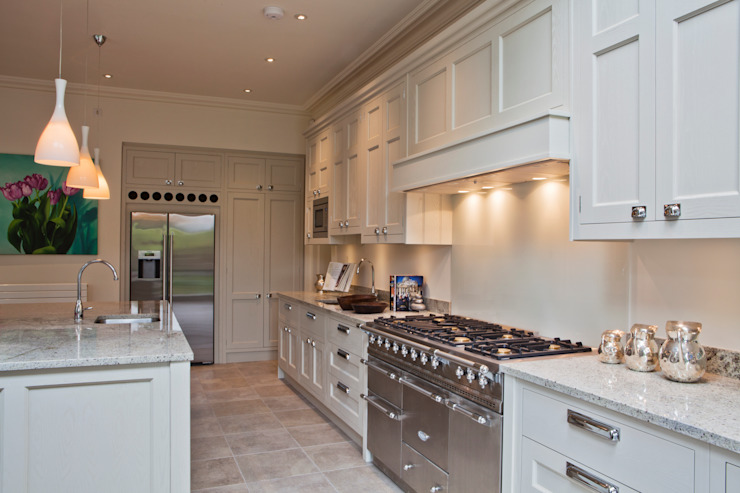 Bespoke Kitchen <q> The Staffordshire </q> Classic style kitchen by G & R Furniture Limited Classic