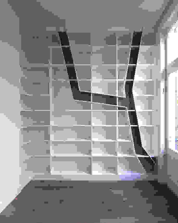 lege kast van Obliq Architectuur Minimalistisch