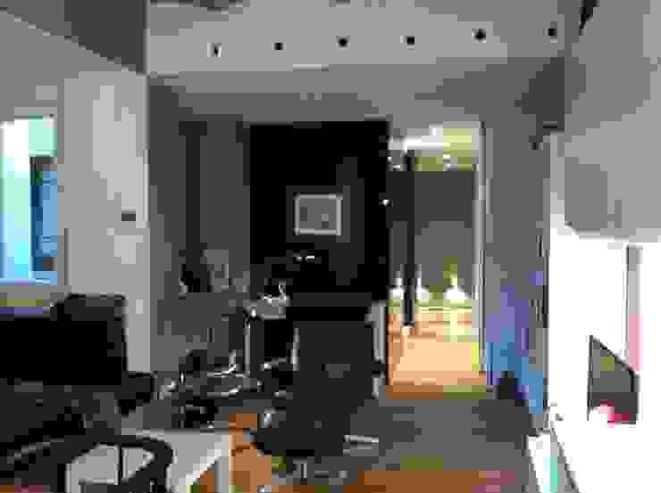 SALON de LLOBET interiors LLOBET interiors Salones de estilo moderno