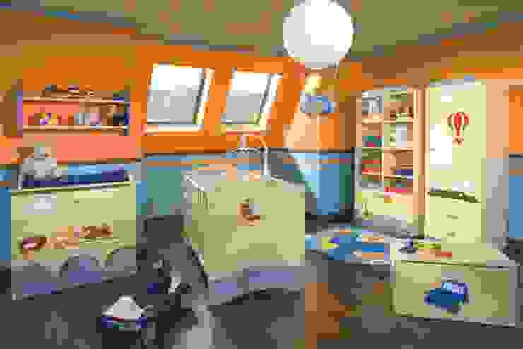 Babyzimmer Weltenbummler Moderne Kinderzimmer von Möbelgeschäft MEBLIK Modern