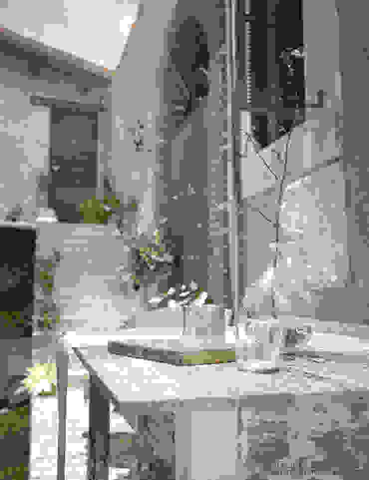 Villa Vittoni - Dettaglio Esterno Vittorio Bonapace 3D Artist and Interior Designer Giardino in stile rustico
