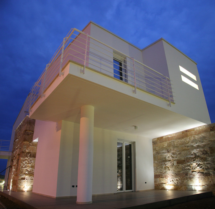 Costruzione Villette al mare di FRANCESCO CARDANO Interior designer Mediterraneo