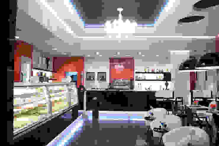 Bar Pasticceria Negozi & Locali commerciali moderni di FRANCESCO CARDANO Interior designer Moderno