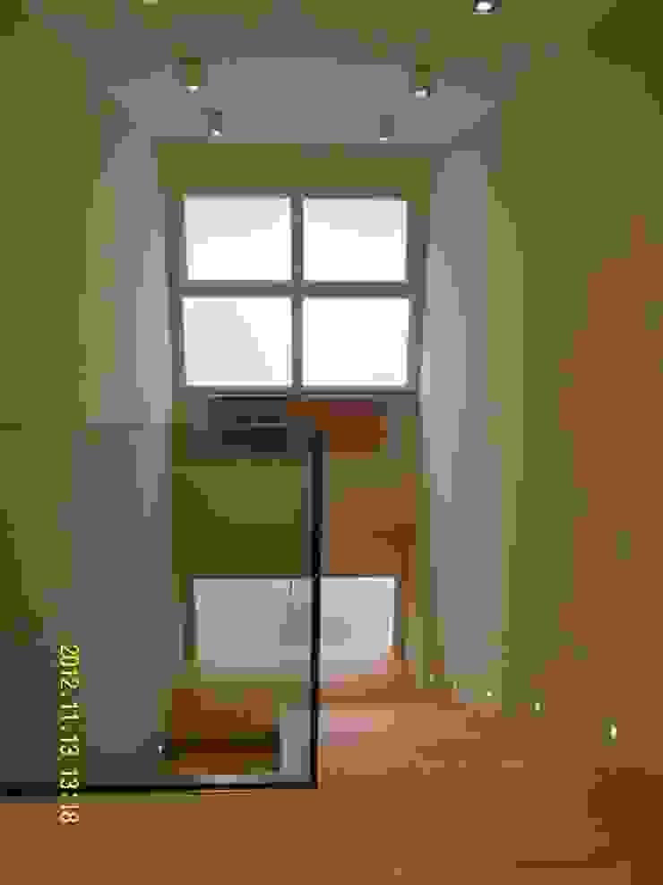 scala interna di BGG architettura Moderno