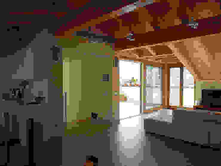soggiorno di BGG architettura Moderno