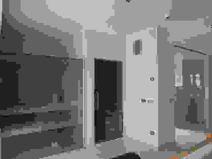 sauna e bagno turco di BGG architettura Moderno