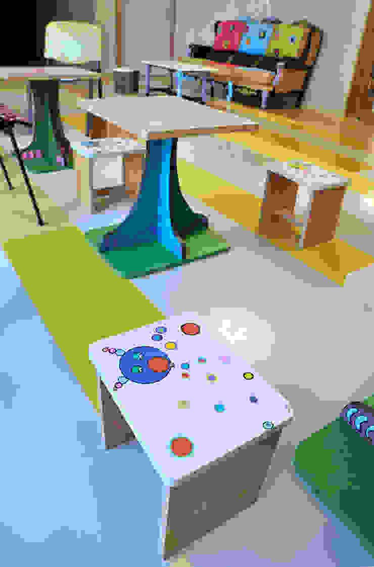 Aménagement d'espace à la ludothèque par ATELIER D'éco SOLIDAIRE Éclectique