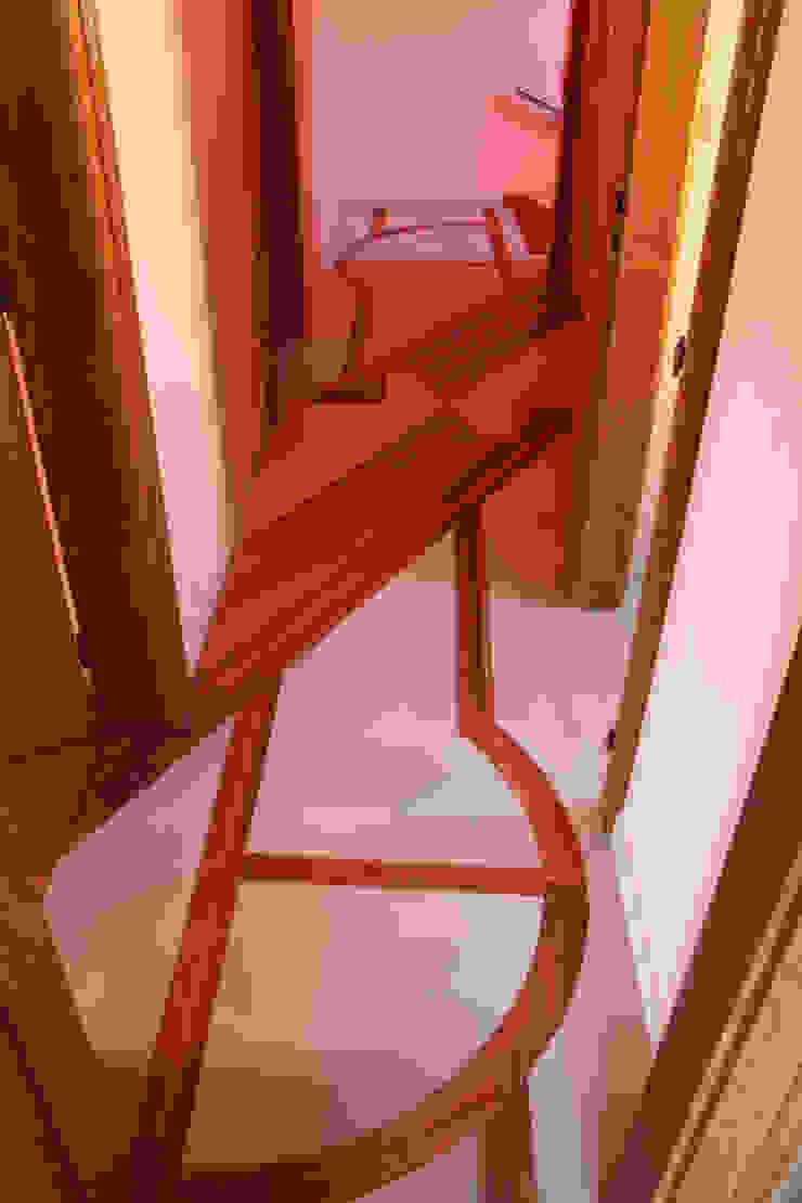 Décor peint sur sol Couloir, entrée, escaliers par THIERRY HERR
