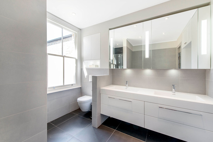 Master Ensuite Modern Bathroom by homify Modern