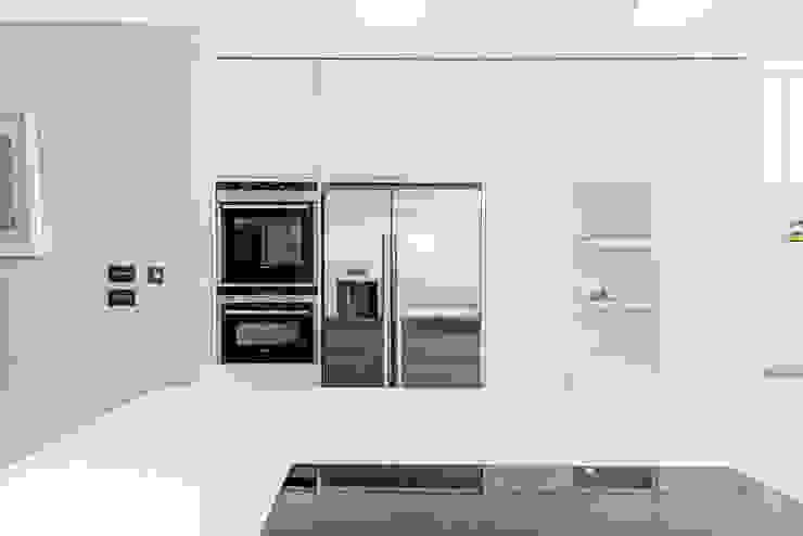 bespoke Kitchen Cucina moderna di homify Moderno
