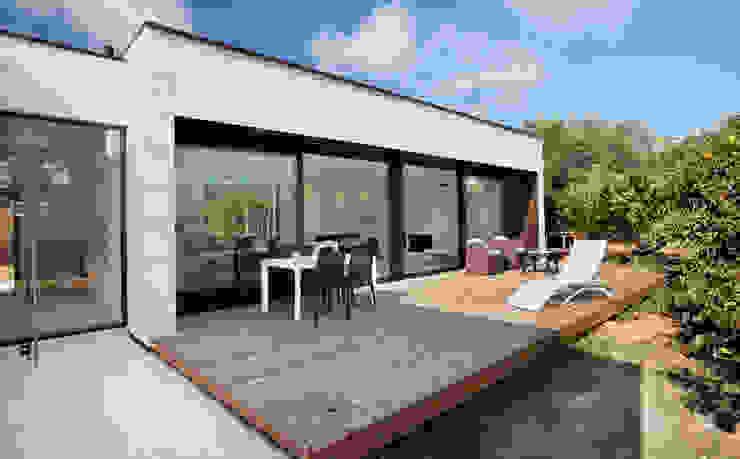 Maisons de style  par HOUSE HABITAT,