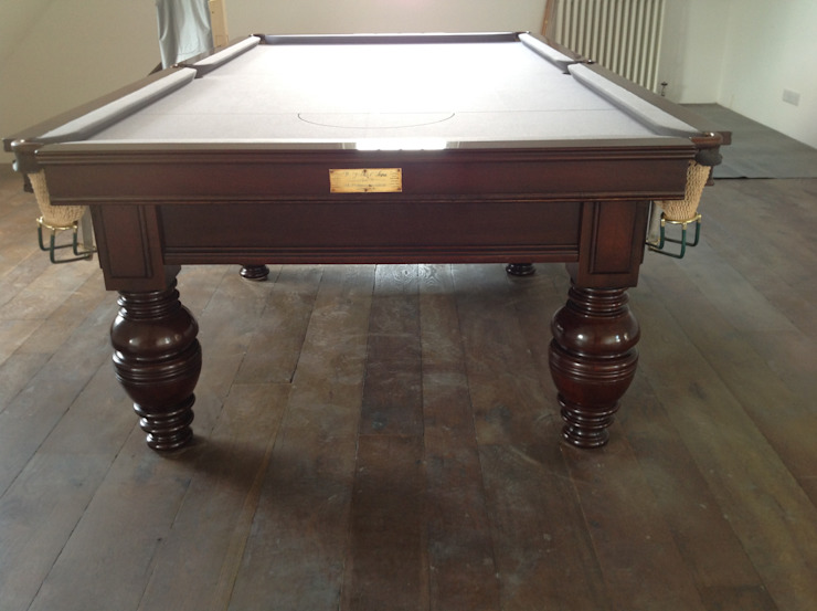 9ft antique snooker table by Jelks.: classic  by Brown's Antiques Billiards and Interiors, Classic