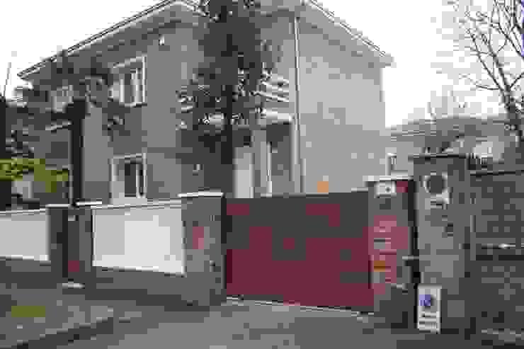 Casa Borio Case moderne di Studio Thesia Progetti Moderno