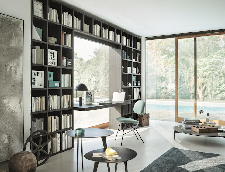Tailored Bookshelf Studio moderno di Mobilificio Marchese Moderno