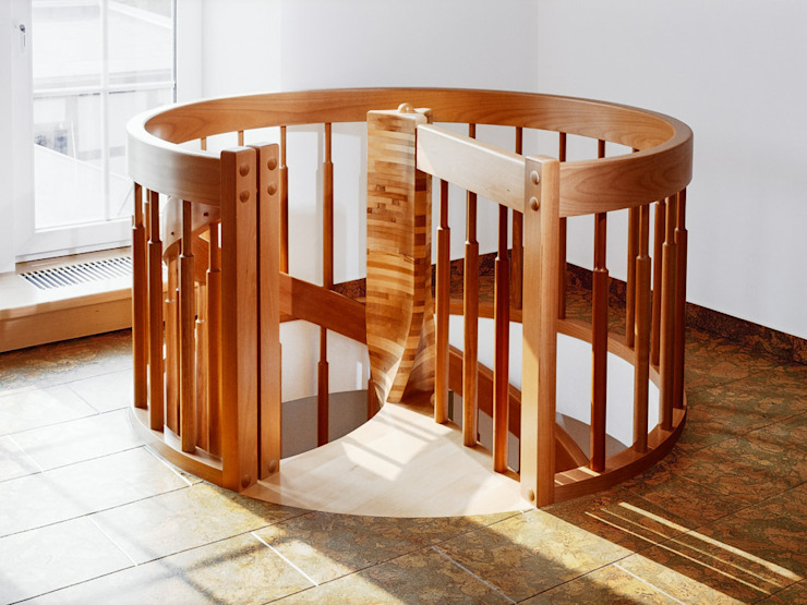 de estilo  por Daniel Beutler Treppenbau, Moderno