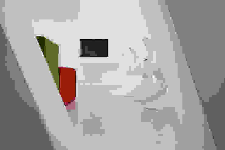 Cut House Soggiorno di Bamboo Studio