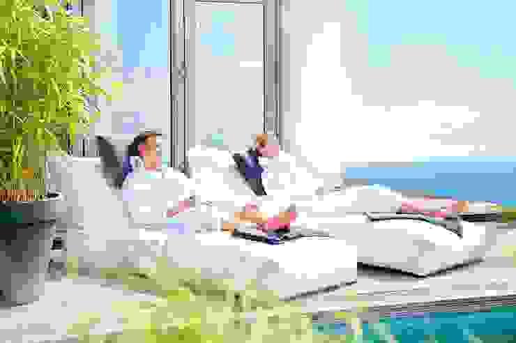 OUTBAG Peak deLuxe white Global Bedding GmbH & Co.KG Balkon, Veranda & TerrasseMöbel Kunststoff