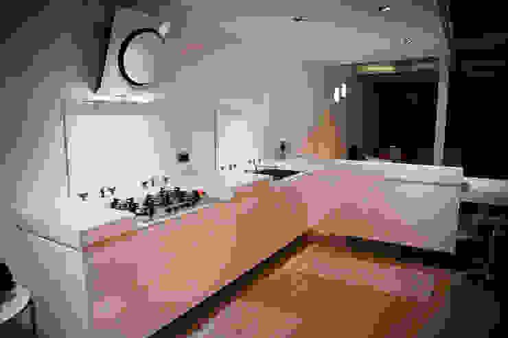 Loft in Milan Cucina moderna di Studio Arkimode Moderno