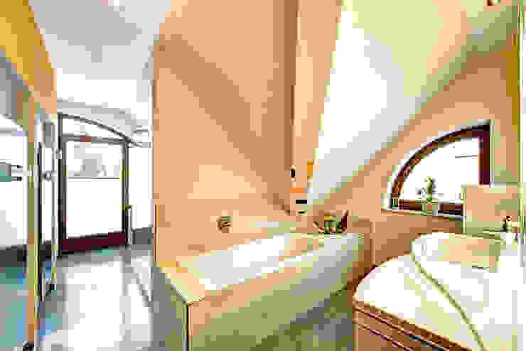 Bathroom by Innenarchitektin Katrin Reinhold,