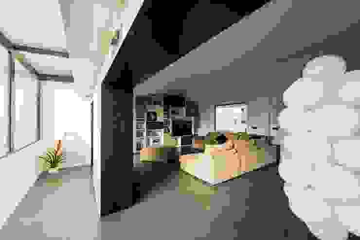 Minimalist house by Mobilificio Marchese Minimalist