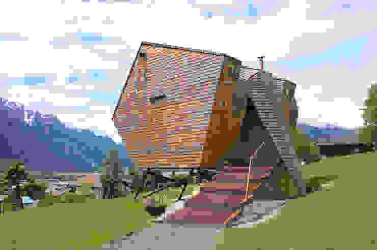 Casas estilo moderno: ideas, arquitectura e imágenes de Aberjung Design Agency Moderno