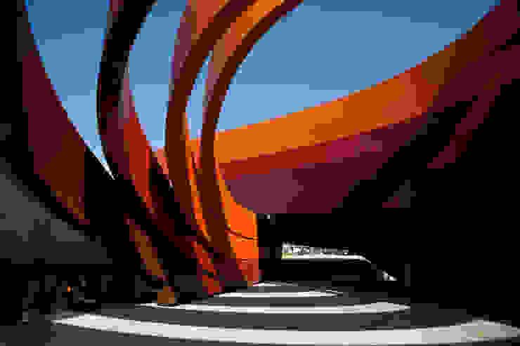 Ron Arad Architects의  박물관