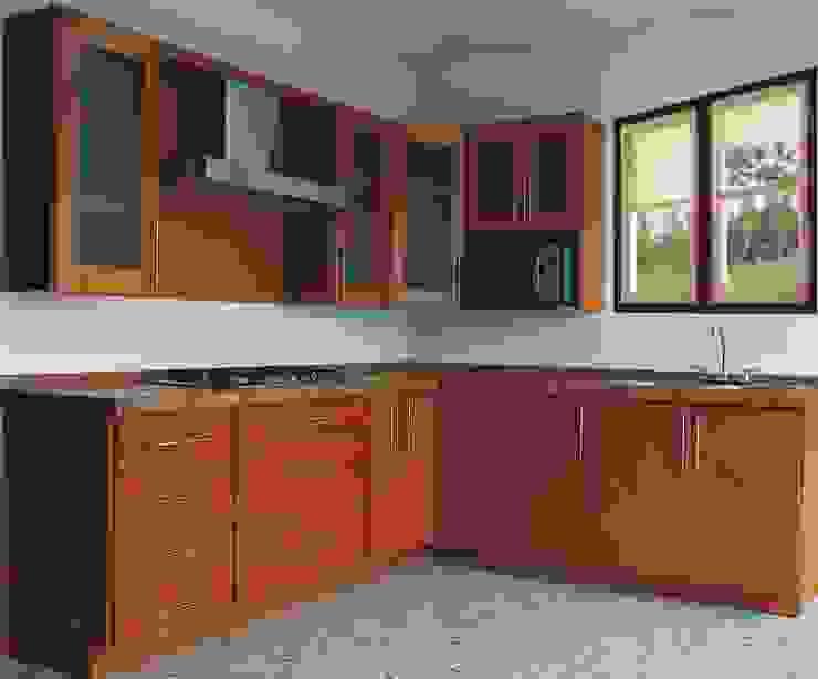 Modern kitchen by Lapuerta Closet's y Cocinas Modern