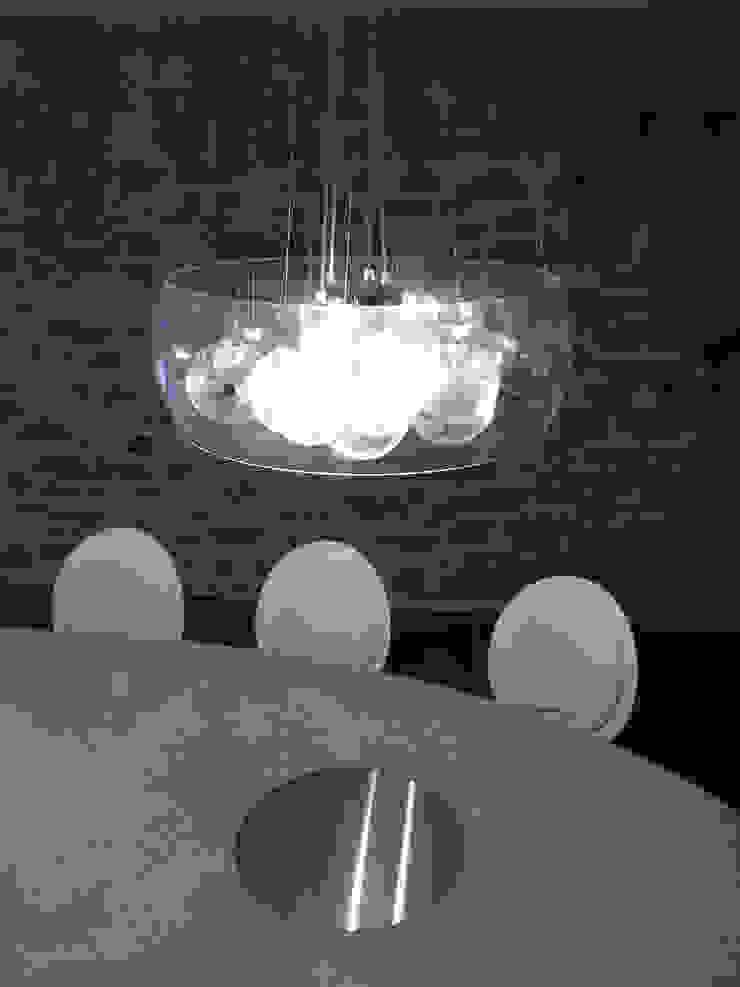 Tables ovales en béton Cuisine moderne par Concrete LCDA Moderne
