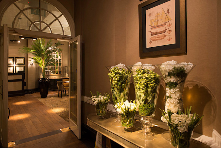The Ship Hotel, Chichester, West Sussex by The Silkroad Interior Design Colonial