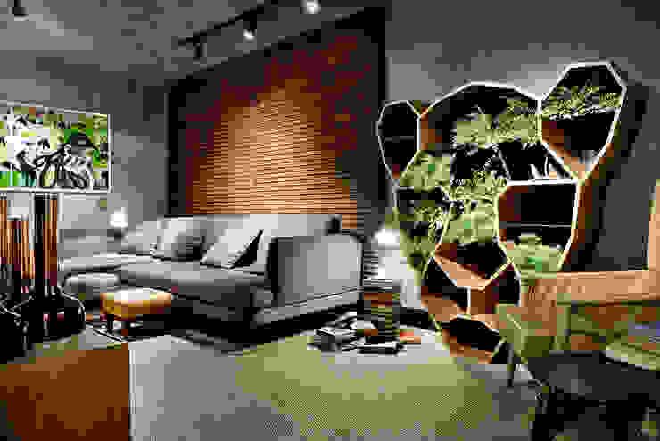 CASA COR GOIÁS 2015 Salas multimídia modernas por Larissa Maffra Moderno