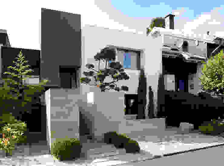 Casas unifamiliares de estilo  por Scheumar Baumanufaktur, Minimalista