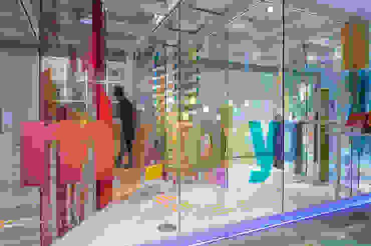"""Exposición """"my tokyo"""" Diseño de ferias de Stone Designs"""